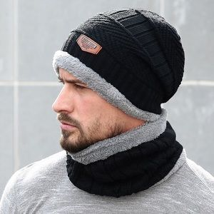Other - Black Cable Knit Beanie and Ring Scarf With Fleece